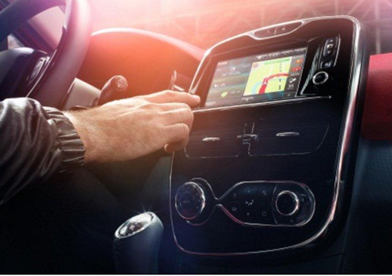 Renault R-Link, tecnología europea al servicio de tu coche